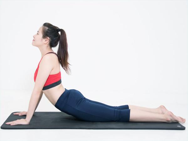 Có nên tập yoga khi thoái hóa khớp gối